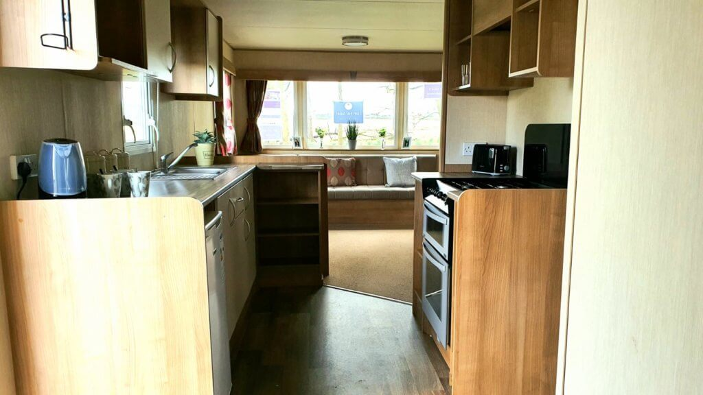 ABI Horizon 3 bed pre-loved static in excellent condition on Burton Constable Holiday Park