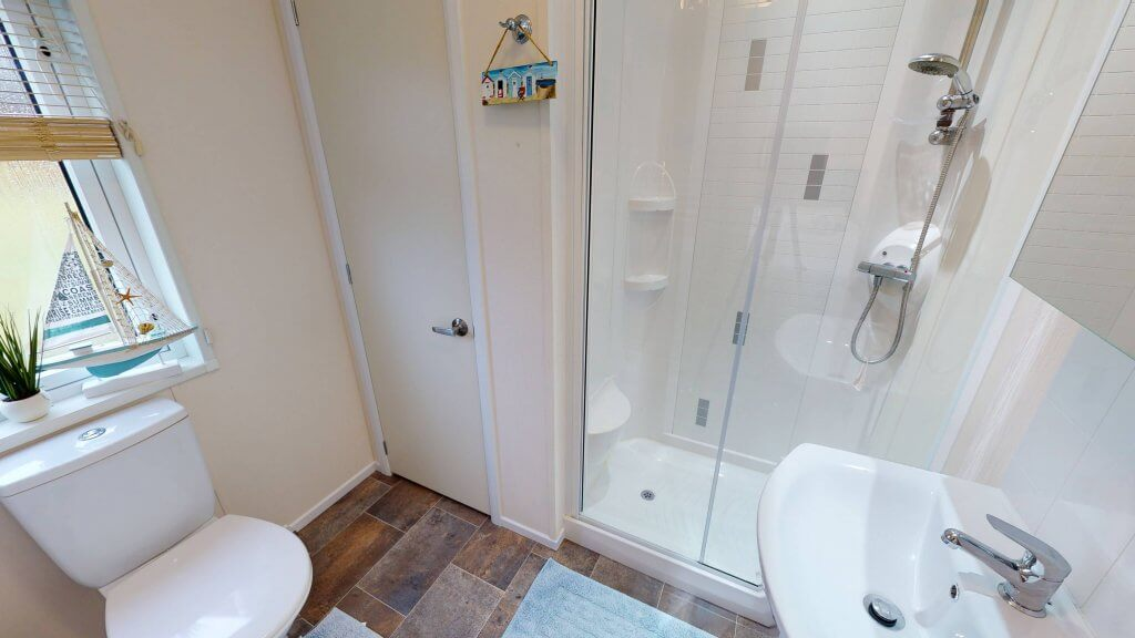W159-Victory-Park-View-4-Bedroom-46x20-Ensuite-Angle